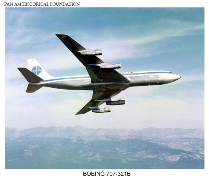 Pan Am Boeing 707 air-to-air