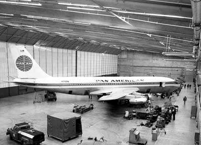 Pan Am Boeing 707 121 blogpi