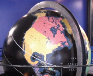 Pan Am Globe Restored to its Original colors