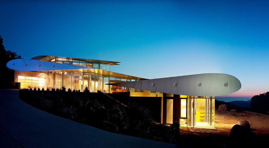 747 Wing House by Architect David Randall Hertz