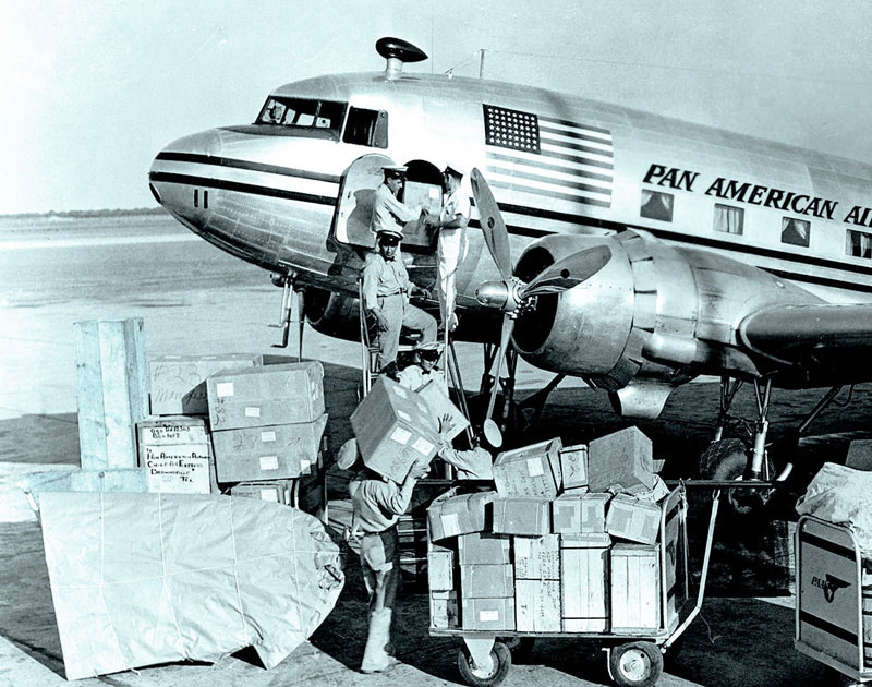 Pan Am Corrugated Boxes DC 3 loading Miami rsz