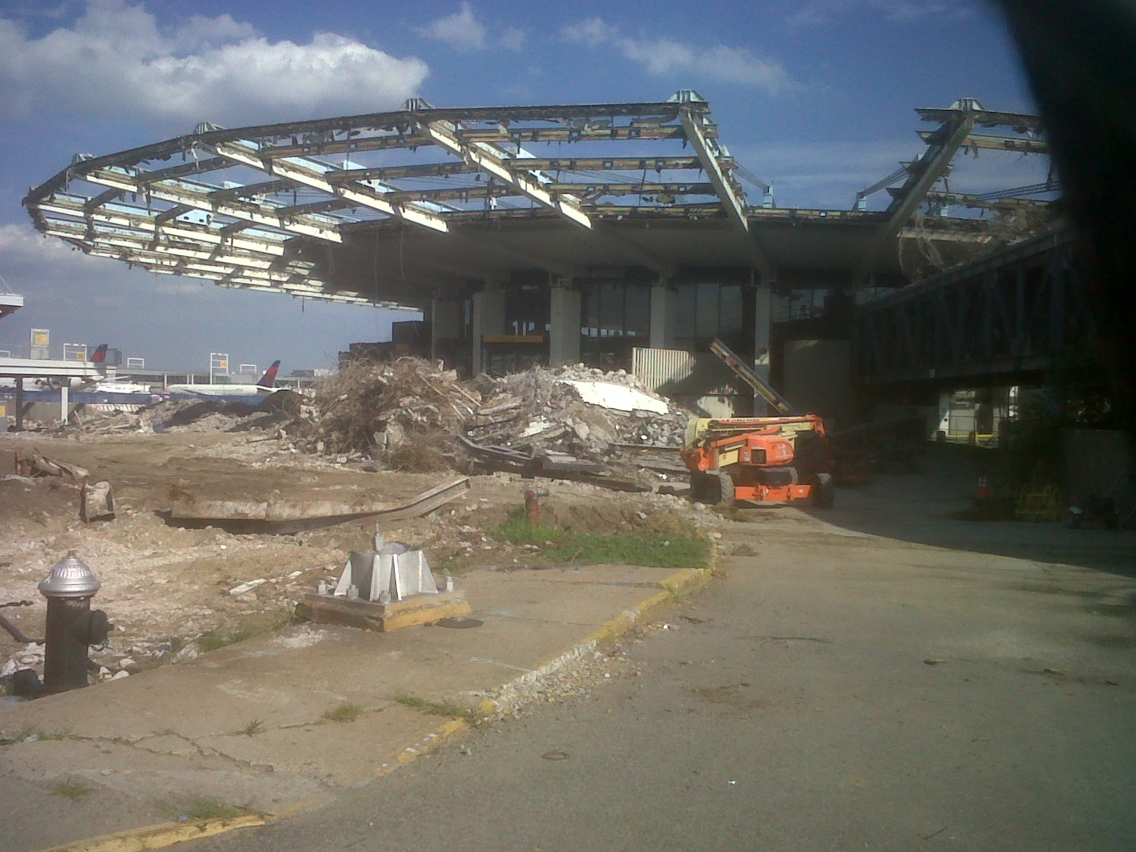 Demolition of the Worldport, August 10, 2013