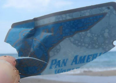 Small Oceanic legacy: Pan Am luggage tag