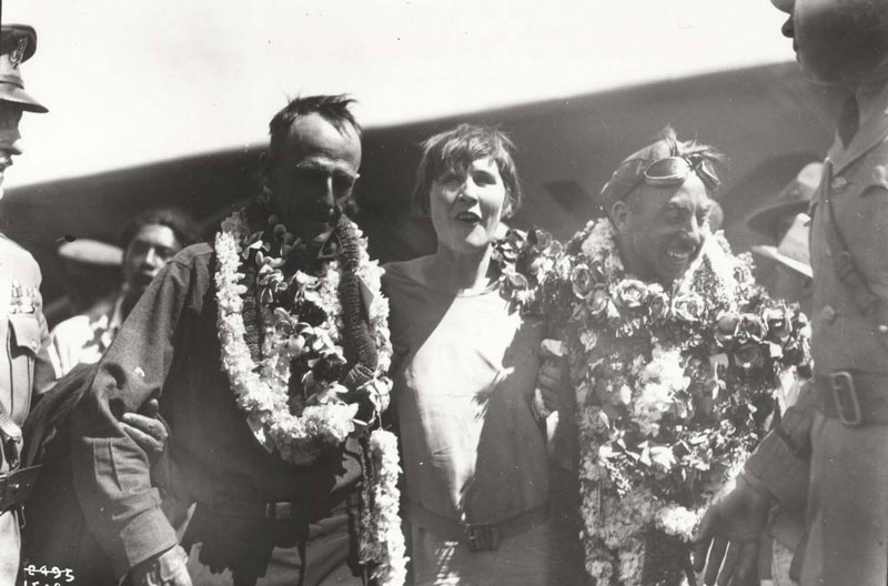 Jensen r with his wife Marguerite Jensen and navigator Paul Schluter l