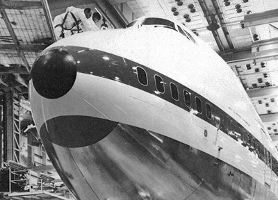 Pan Am 747 Nose
