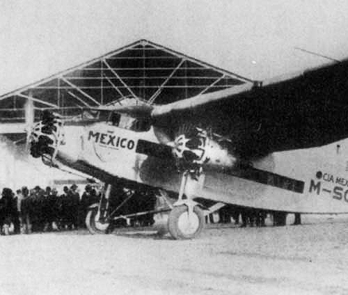 Lindbergh arrives Brownsville