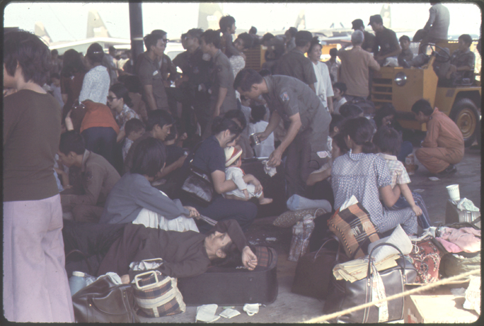 5The air evacuation of siege stricken Vietnamese from Saigon to the US