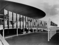 Worldport, Front, Hebald, sculptures